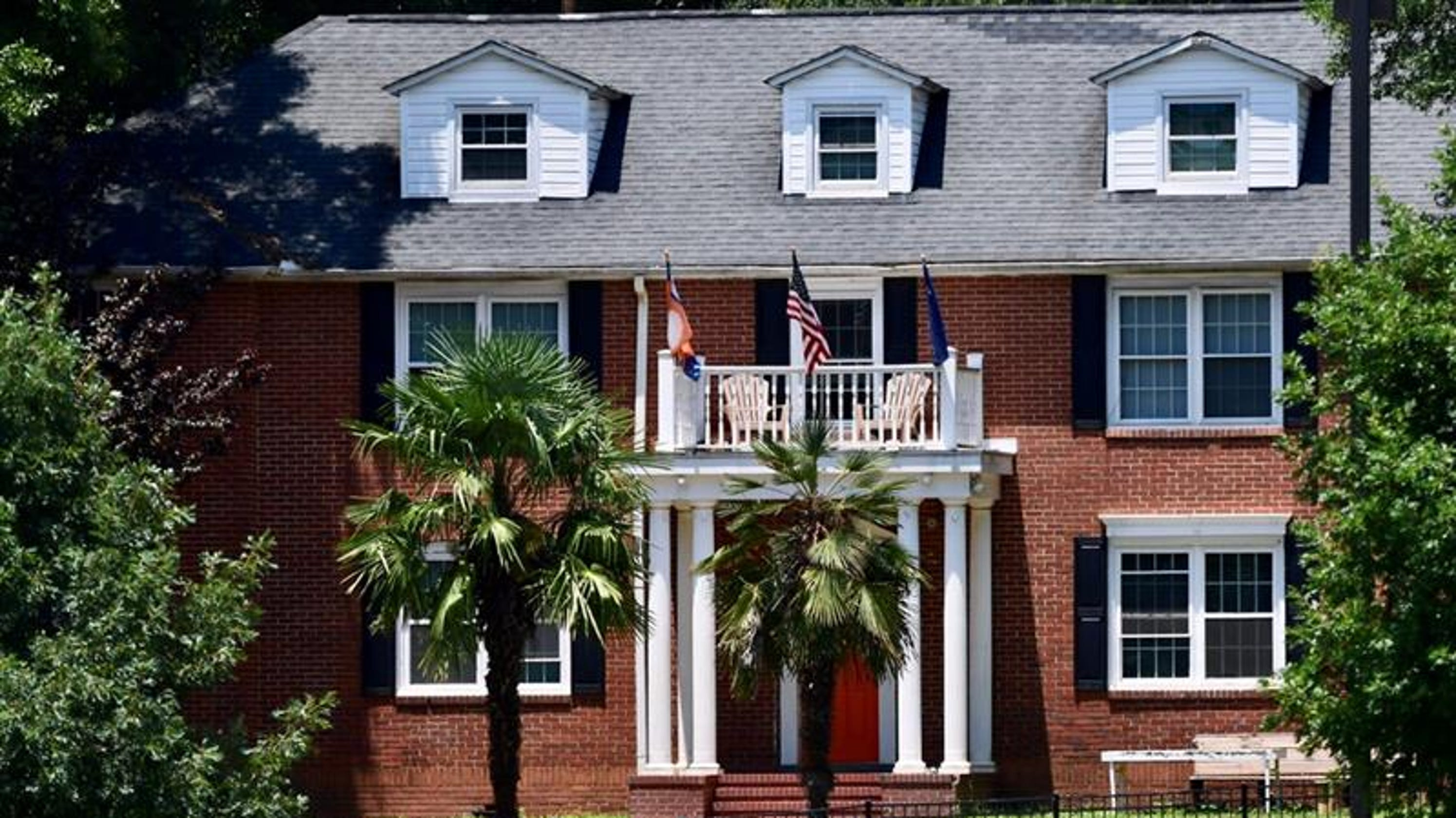Clemson University student dies after falling off roof