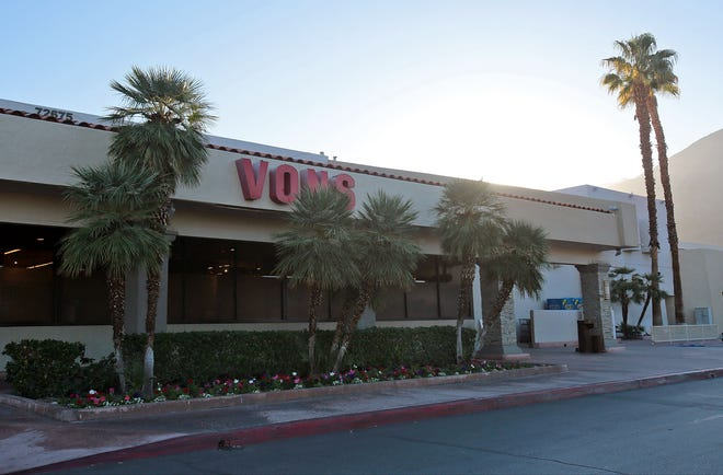 Vons grocery store along Highway 111 in Palm Desert.