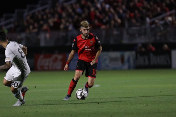 Phoenix Rising FC midfielder Jon Bakero moves with the ball during a game against Portland Timbers 2 on June 29 at Casino Arizona Field.