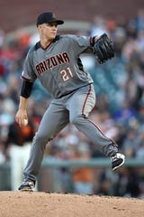 Jun 29, 2019; San Francisco, CA, USA; Arizona Diamondbacks starting pitcher Zack Greinke (21) throws a pitch against the San Francisco Giants during the first inning at Oracle Park. Mandatory Credit: Darren Yamashita-USA TODAY Sports