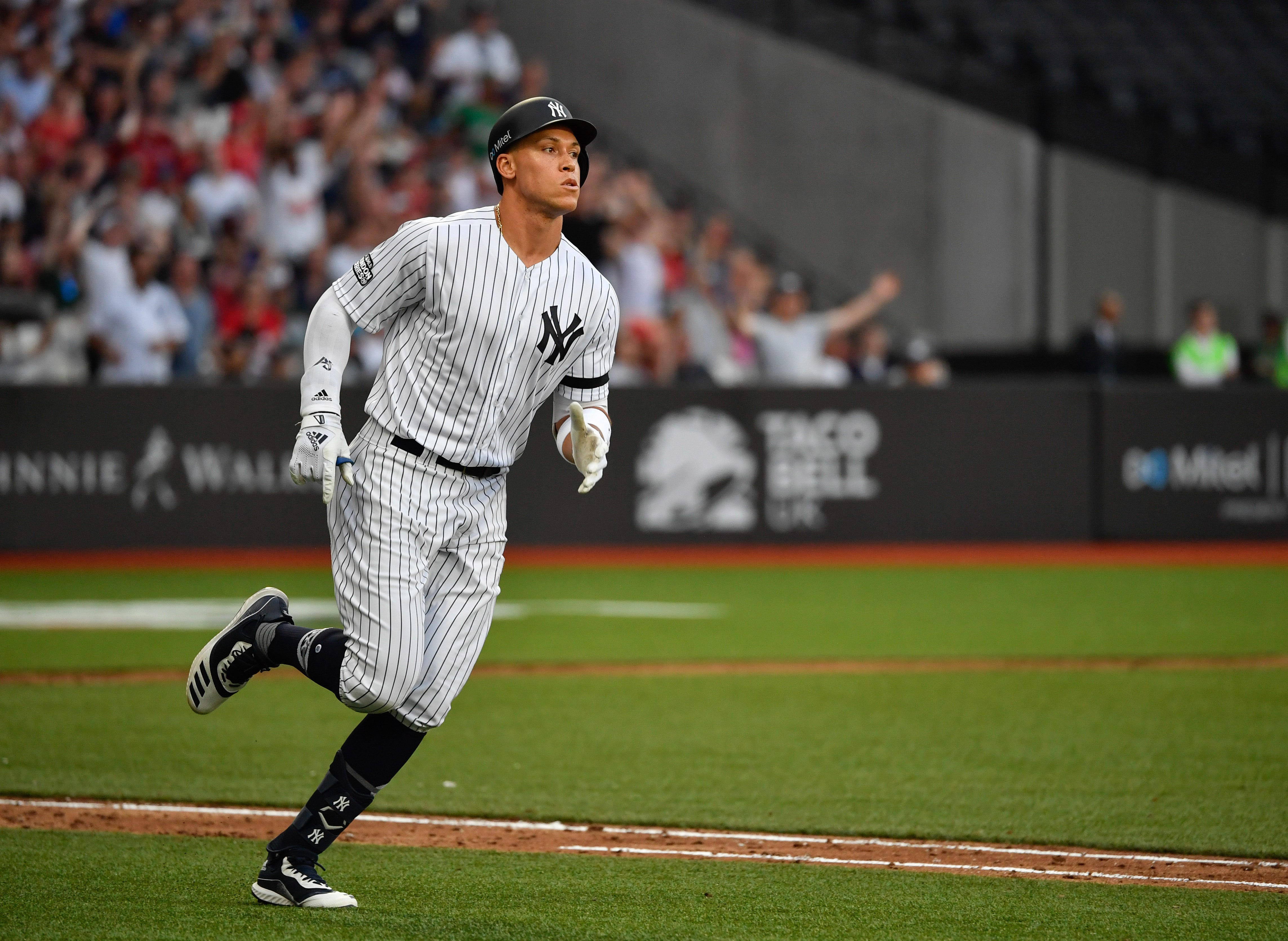 'Like something I've never been a part of': Yankees, Red Sox reflect on wild London opener