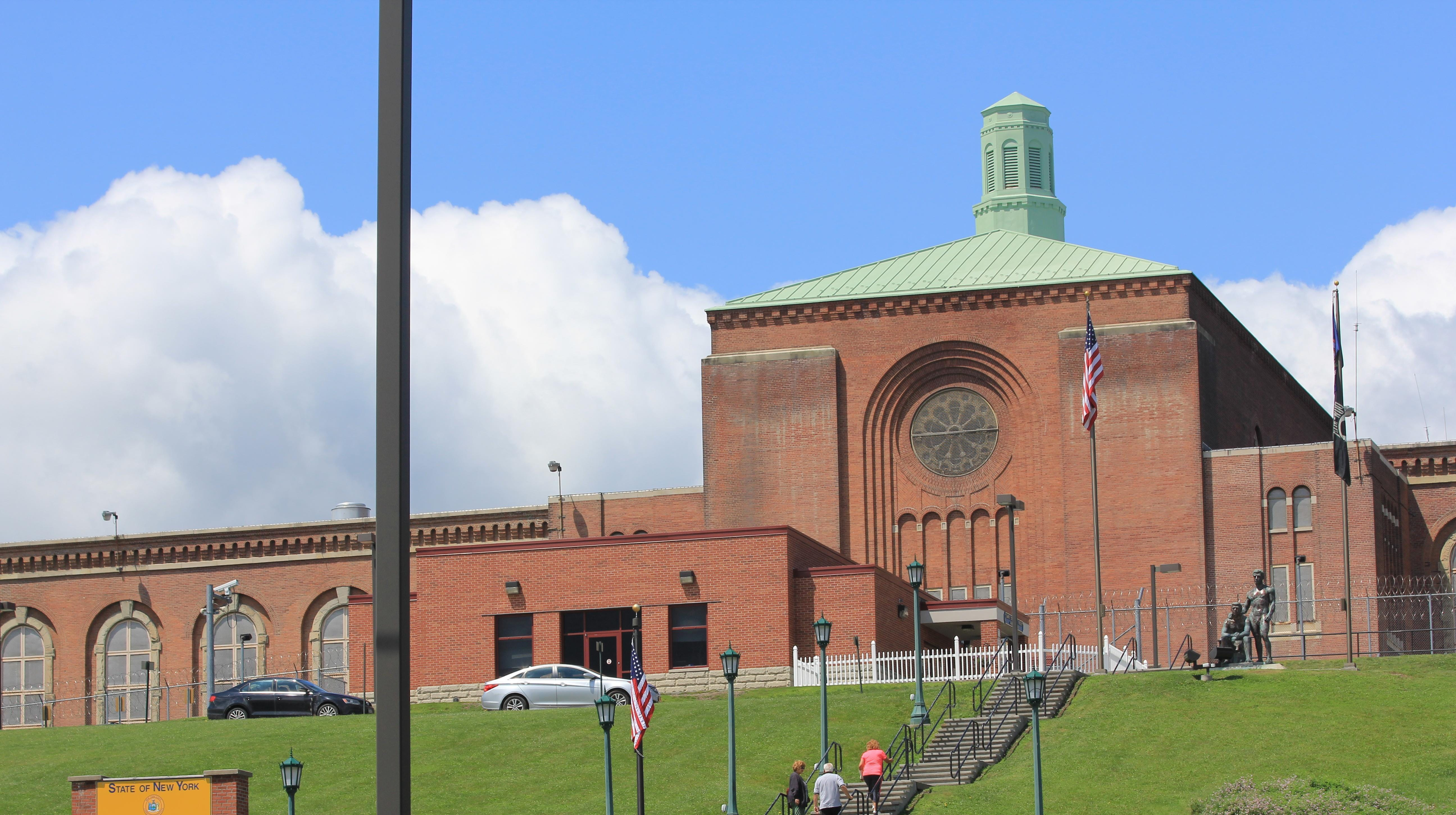 Elmira prison closed to visits after major COVID-19 outbreak
