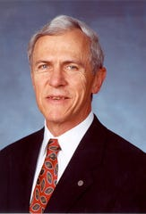 Official portrait picture of David Harden as the city manager of Delray Beach, a position he held from 1990 to 2013.