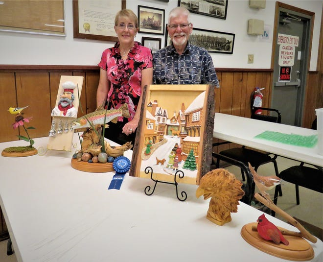 The North Arkansas Woodcarvers Club are featuring carvings by Betty and John Gregory. Their carvings are very realistic and have been admired and won awards. The North Arkansas Woodcarvers meet at the VFW Post 3246, just west of the Mountain Home Fire Department at 7th and Gray streets. Anyone Interested in woodcarving may contact club president Marty Wellsat (870) 656-6963.