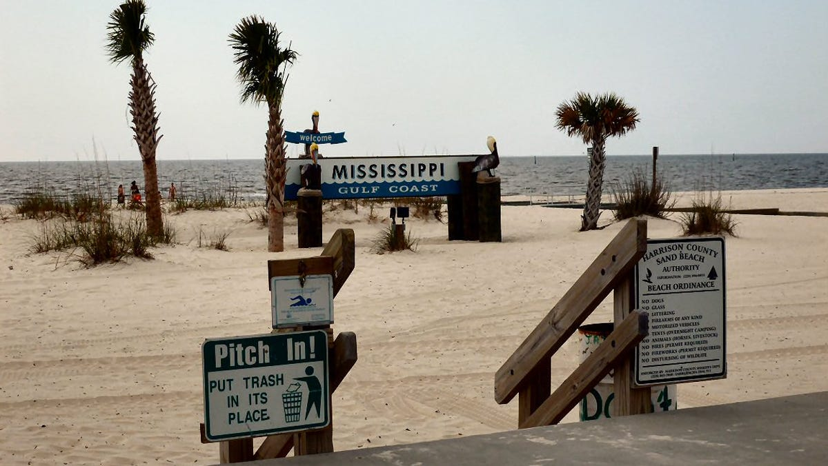 Mississippi Beaches Remain Closed As Toxic Algae Lingers