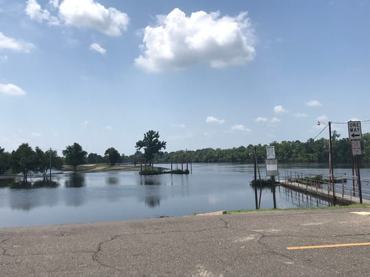 Boats can also launch into the Ouachita River from the Forsythe Park boat ramp. The parking lot has limited space, so arrive early to secure a spot.