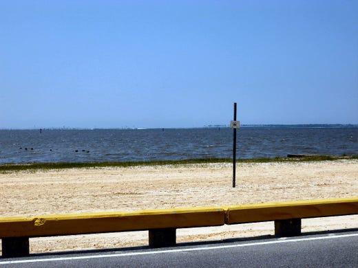 All Biloxi beaches closed for July 4th as algae spreads