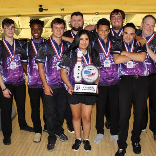 Team Smyrna recently captured the U.S. High School Bowling Foundation national championship.