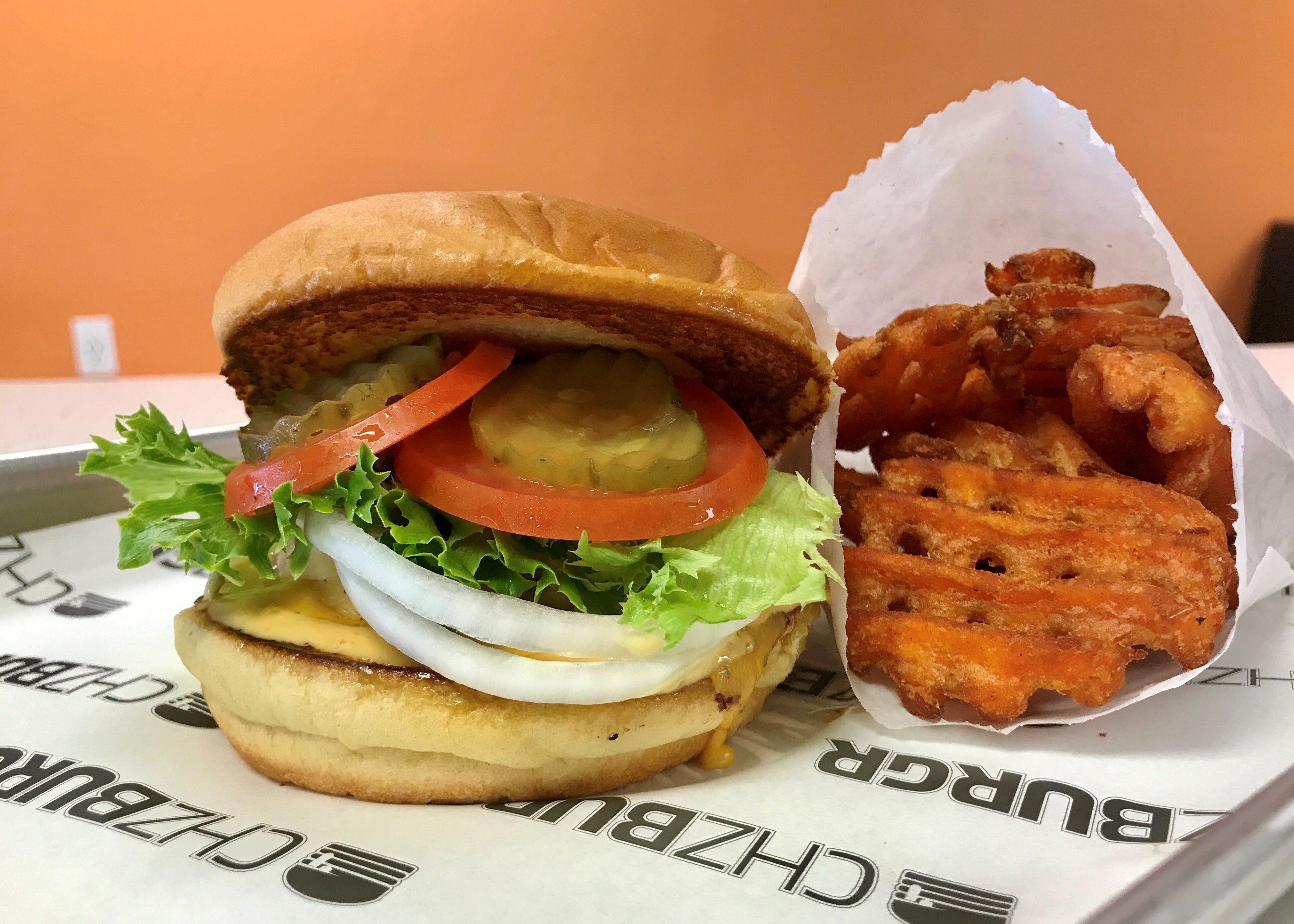 new glendale restaurant chzburgr now open, serving la style burgers