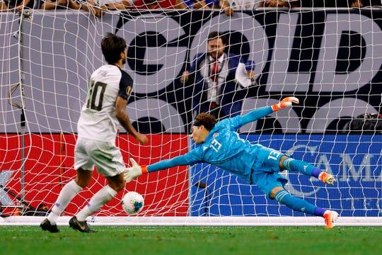 Guillermo Ochoa fue una pieza clave para que México ganara la pasada Copa Oro.