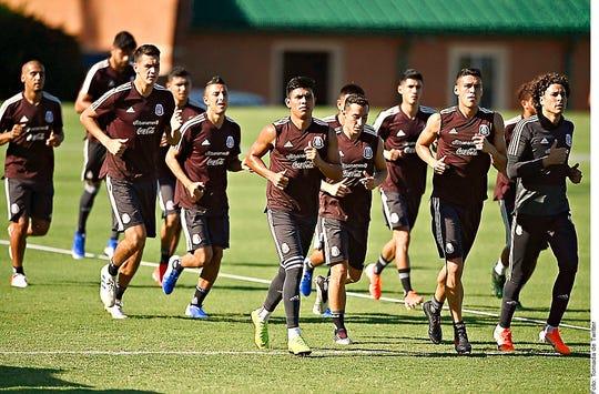 La Selección Mexicana de Fútbol ya entrena en Phoenix para su partido de este martes.