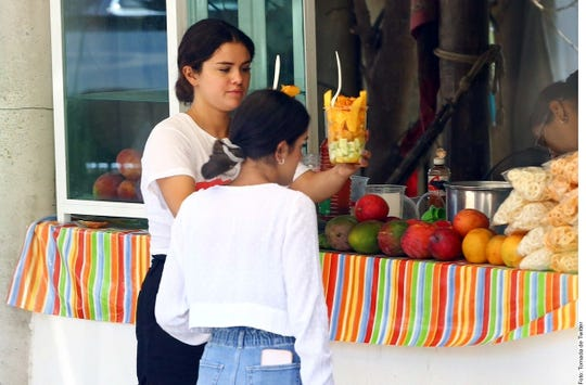 Selena Gómez en Punta Mita, Nayarit