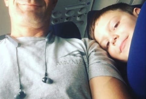 A 7-year-old boy with autism on a Southwest Airlines flight from Las Vegas to Oregon befriended the stranger next to him after his mom sent him with a note and $10 hoping his seatmate would help look after him.