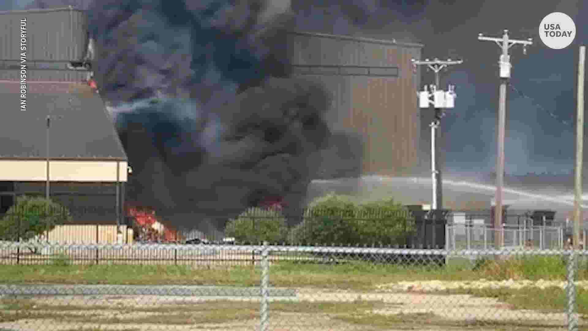 Plane crashes into hangar killing 10