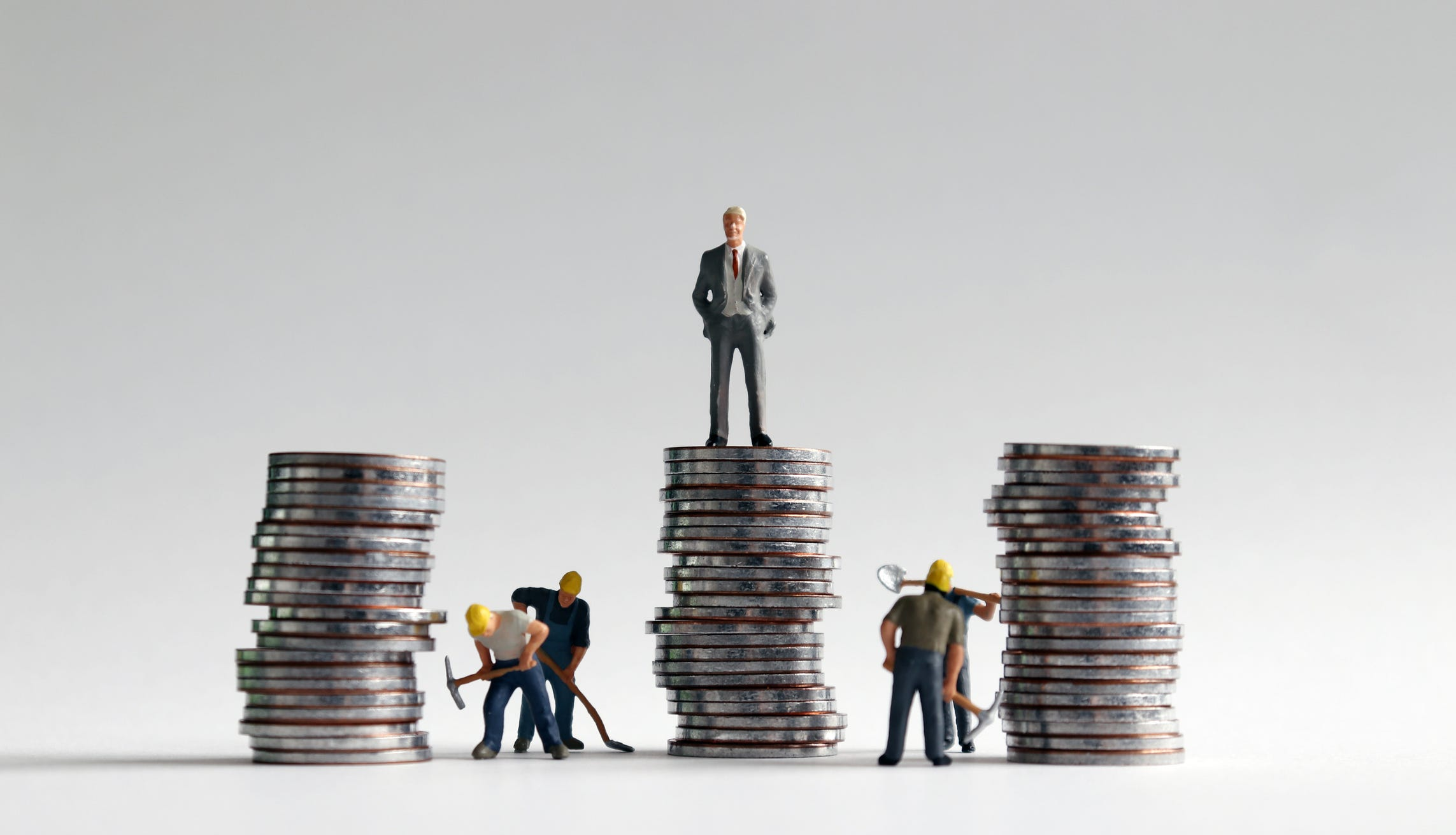 Yes, the rich got richer: Top 1% saw their wages soar by 160% since 1979, six times the increase of the bottom 90% of workers