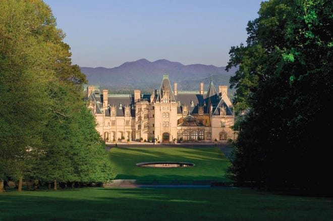 The Biltmore House, a Gilded Age mansion constructed for the Vanderbilt family between 1889 and 1895.