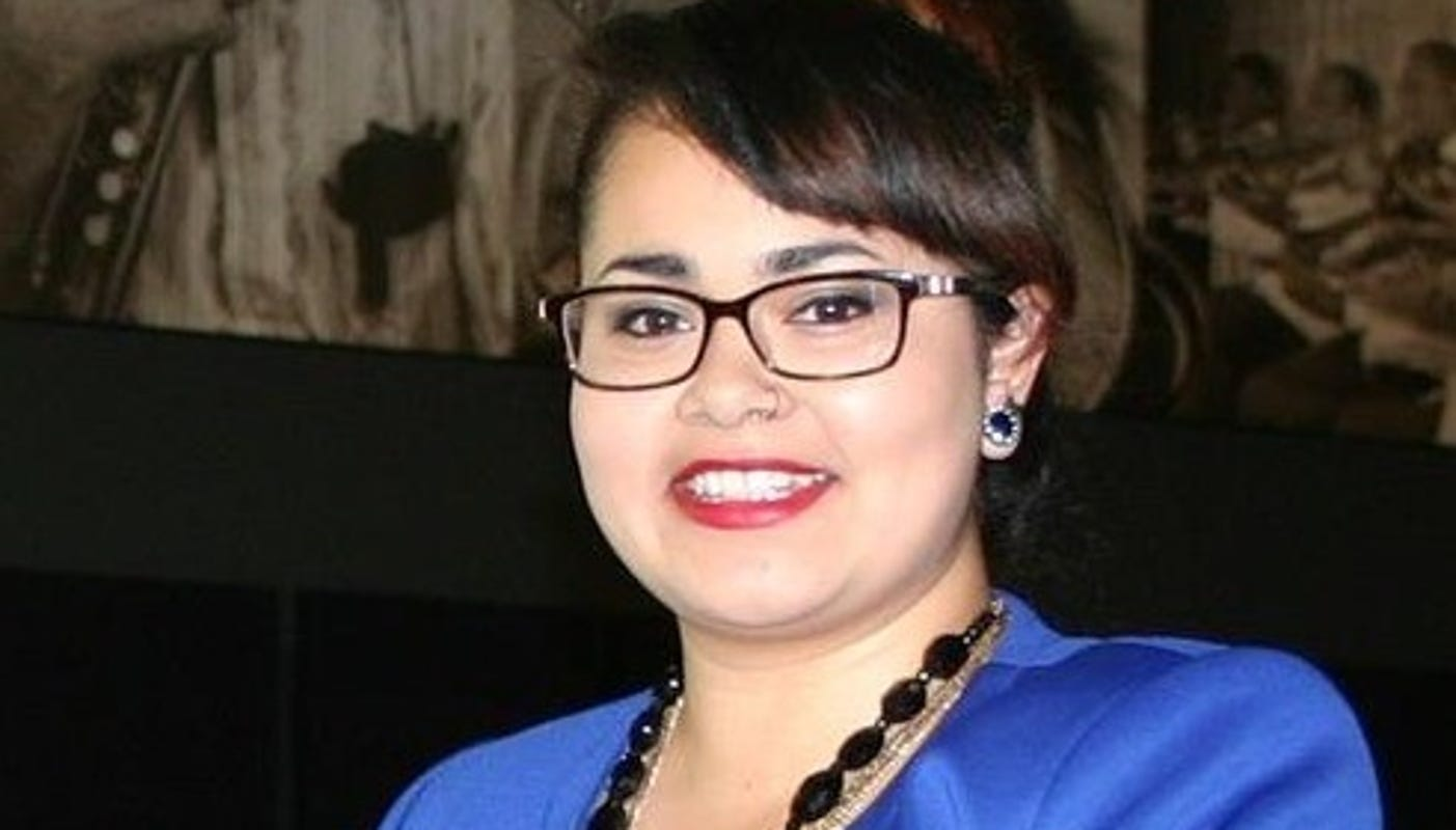 Vice chair of Latino affairs board joins race for Des Moines City Council at-large seat