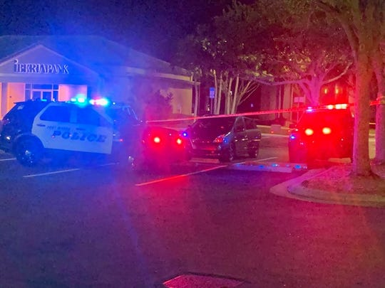 Fort Myers police were at the scene of a death investigation in the Colonial Crossings parking lot off Summerlin Road Monday night.