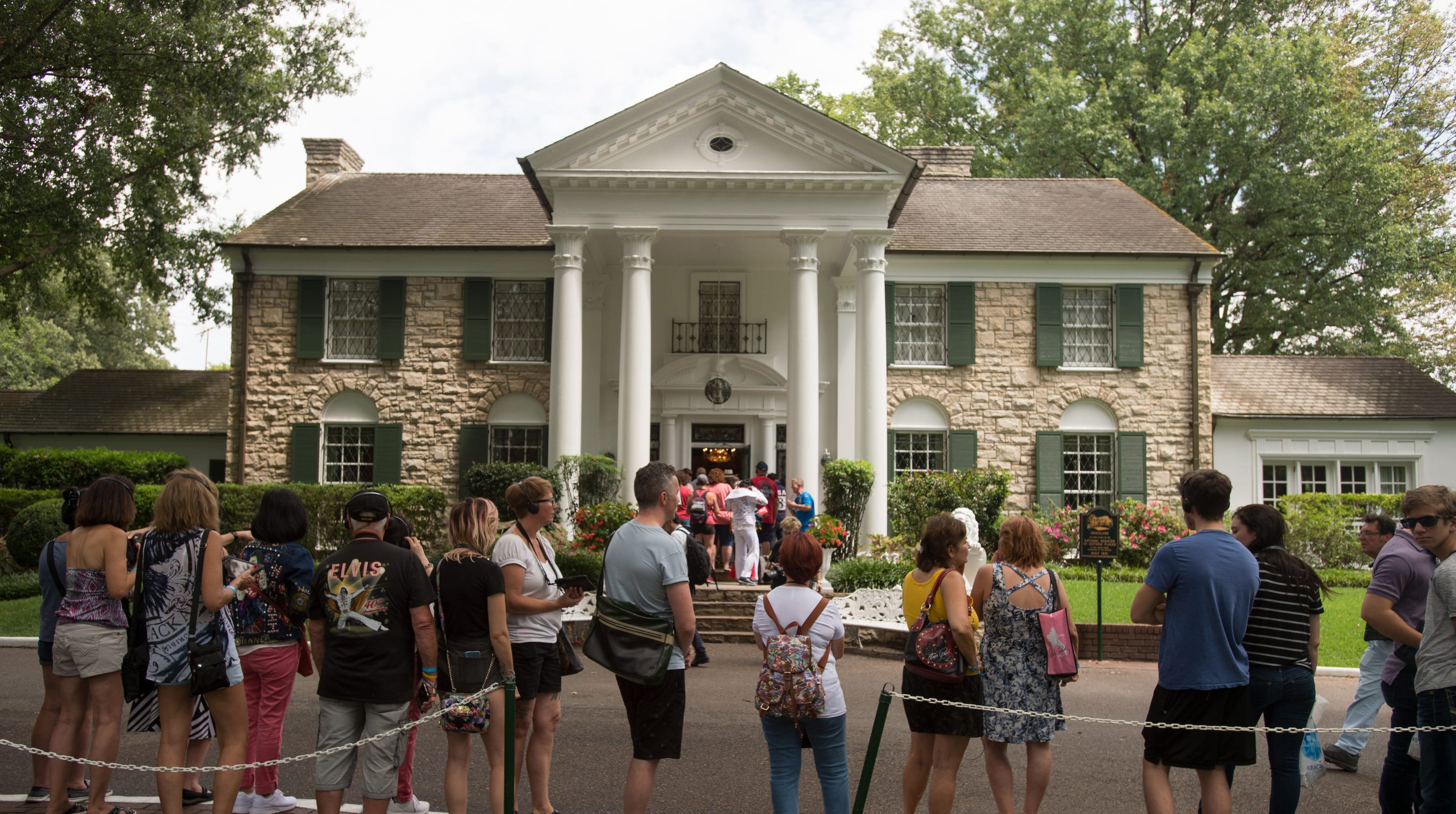 Coronavirus in Tennessee: Graceland to close temporarily