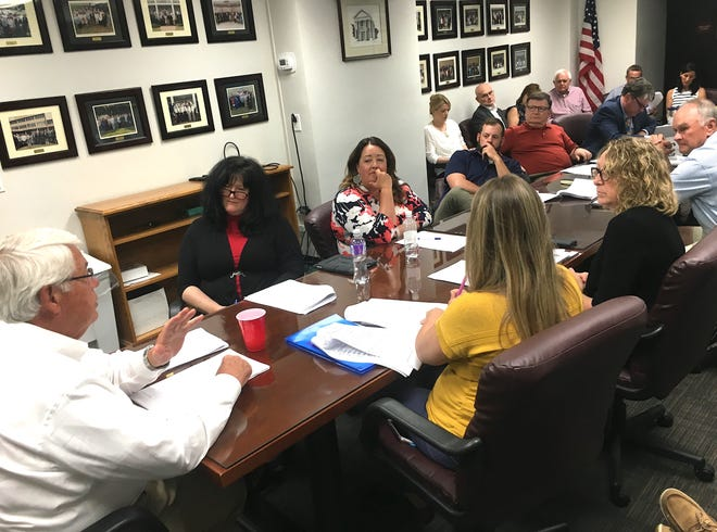 Williamson County Mayor Rogers Anderson (left) leads the County Commission Budget Committee meeting in 2019 in chairman Steve Smith's absence. The committee voted to cut the county school district's capital request by $3 million but also approved a property tax increase of 11-cents.