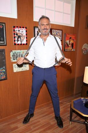 Arath aplaude el que Juan Osorio apueste por desarrollar el tema de la homosexualidad en una serie de televisión.