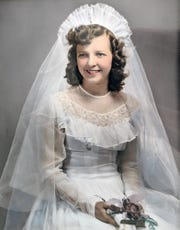 Gloria Kissinger at her wedding in 1949.