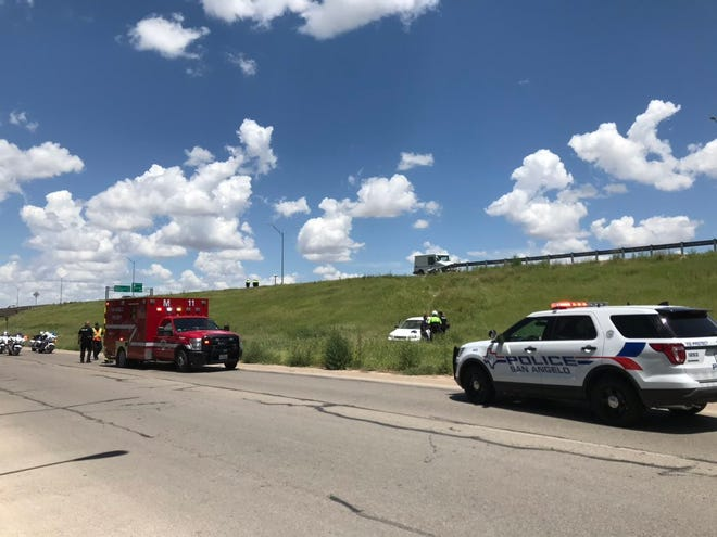 San Angelo police and first responders arrive at crash scene of vehicle that drove off Loop 306