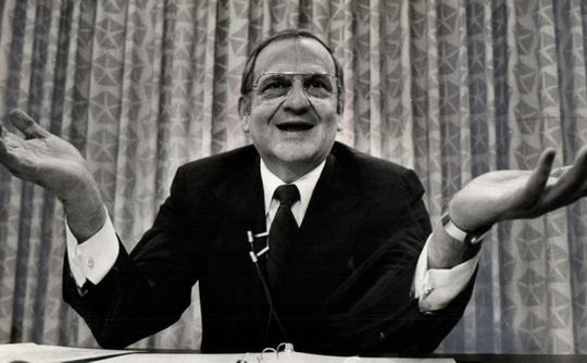 Lee Iacocca turned to Congress for helping to avoid bankruptcy for Chrysler.