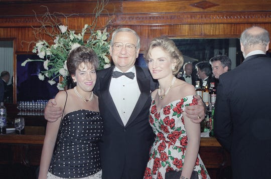 "Lee Iacocca, with daughters Lia Iacocca, left, and Kathi Hentz, attend a special performance of the off-Broadway show ""Steel Magnolias"" in New York, June 23, 1988. The show was one in a series of fundraising events to benefit the Iacocca foundation, established in 1985 in memory of Iacocca's late wife, Mary Kathryn McCleary, to fight diabetes."