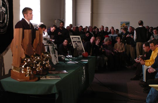 Brian Brohm announced in 2004 during a press conference at Trinity that he will play college football at Louisville