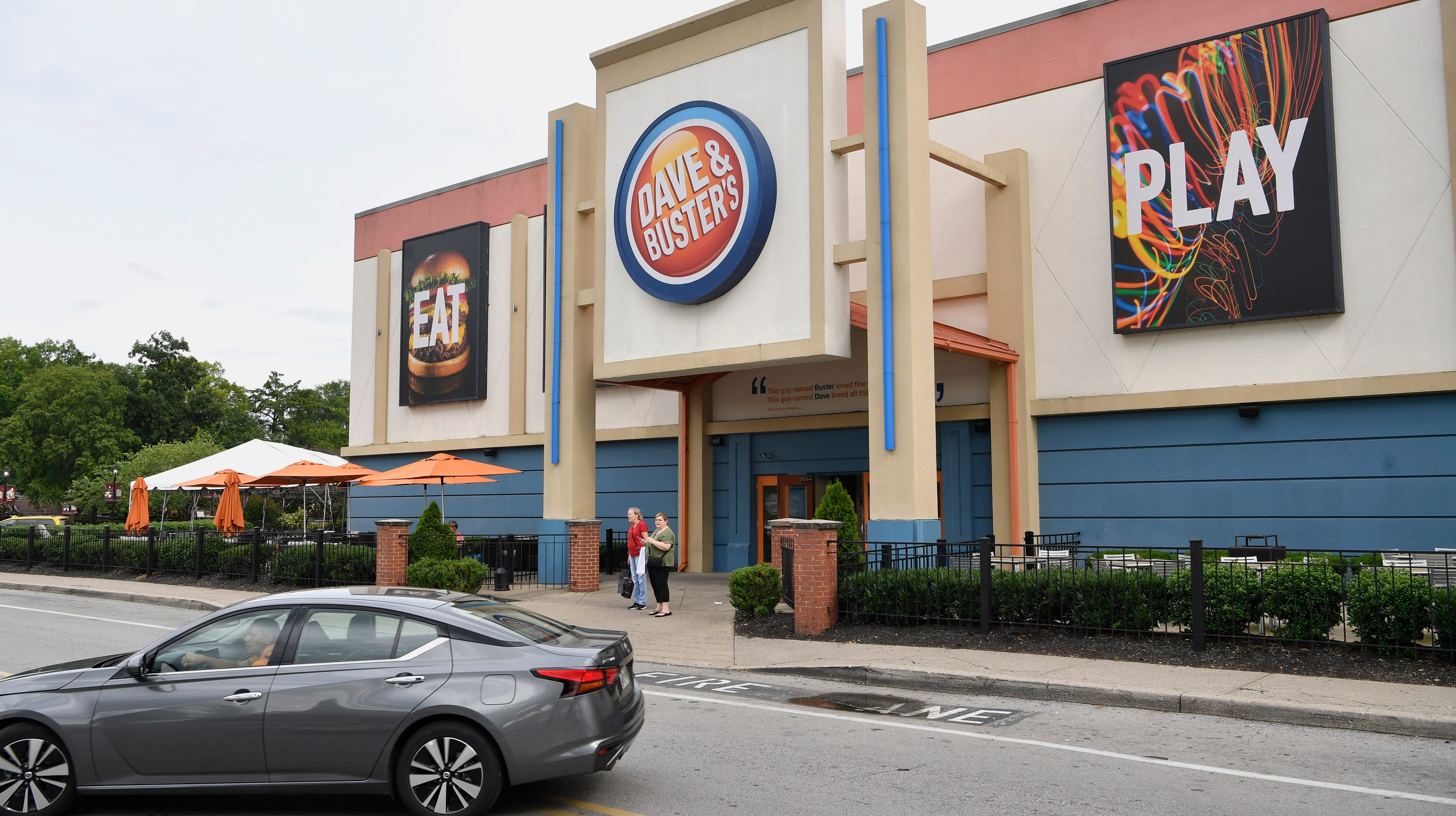 Nashville Dave Buster S To Lay Off 108 Employees From Opry Mills Location