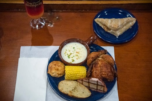 Pigeon Forge Tennessee Food Fun And Dolly Parton