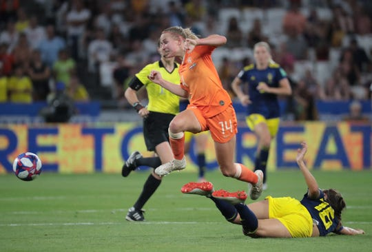 """Netherlands midfielder Jackie Groenen, who scored the game-winner against Sweden, calls the USA """"a really strong team, obviously."""""""