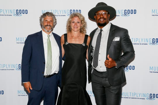 Patagonia Environmental Advocate Avi Garbow, Multiplying Good CEO Hillary Schafer, and Denver Broncos Linebacker Von Miller attend the Multiplying Good 2019 D.C. Jefferson Awards on June 18, 2019 in Washington, D.C. Miller received the 2019 Jefferson Award for public service in professional sports.