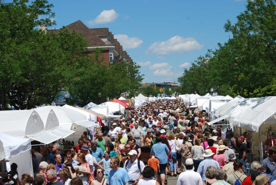 Plymouth's Art in the Park draws crowds estimated at nearly 300,000.
