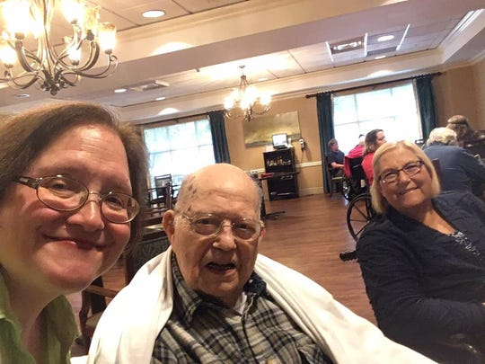 Frank Jordan, center, enjoys a visit with former News Sentinel features/entertainment employees (and current Knox TN Today writers) Betsy Pickle, left, and Sherri Gardner Howell at NHC Place-Farragut.
