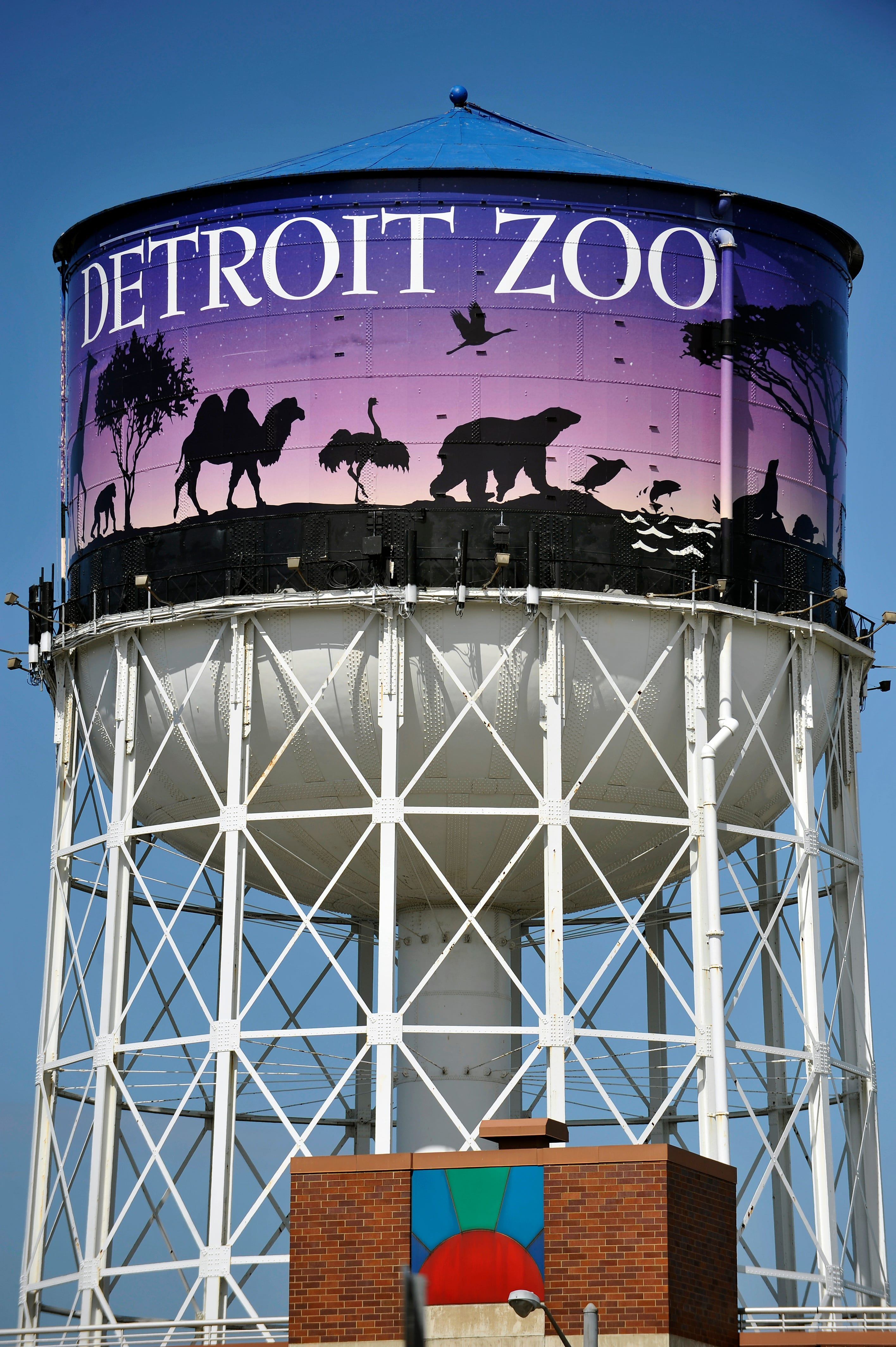 Detroit Zoo announces switch to 100% wind energy