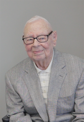 A recent photo of Joe Blackshear, MD, the only living member of the original medical staff of Sumner Regional Medical Center.
