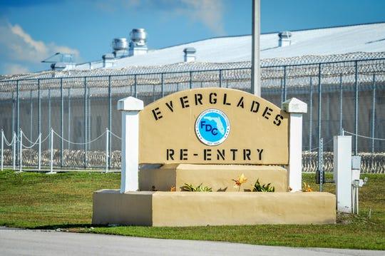 Entrada del centro de detención de Krome en Miami, Florida (EE.UU.) .