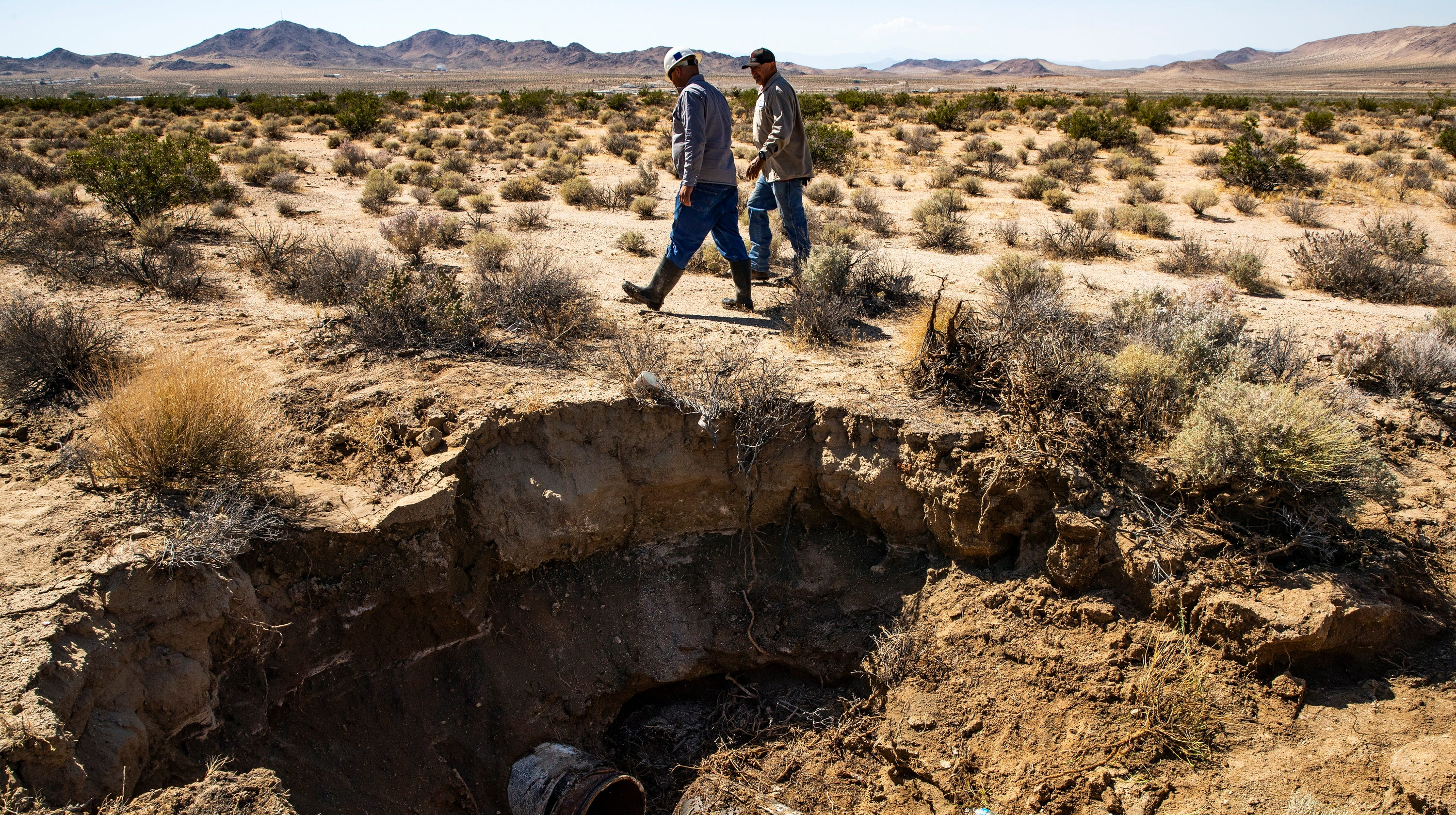 6.4 magnitude earthquake rattles parts of Southern California on map of san bernardino county, map of storey county, map of fresno county, map of missouri county, map of young county, map of ventura county, map of chicot county, map of tulare county, map of du page county, map of los angeles county, map of washington county, map of stone county, map of el dorado county, map of tippah county, map of routt county, map of pope county, map of natrona county, map of grant county, map of chattooga county, map of fisher county,