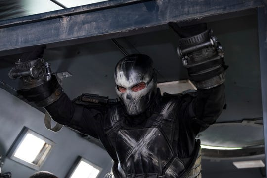 Crossbones (Frank Grillo), don't you know better than to go up against Cap?