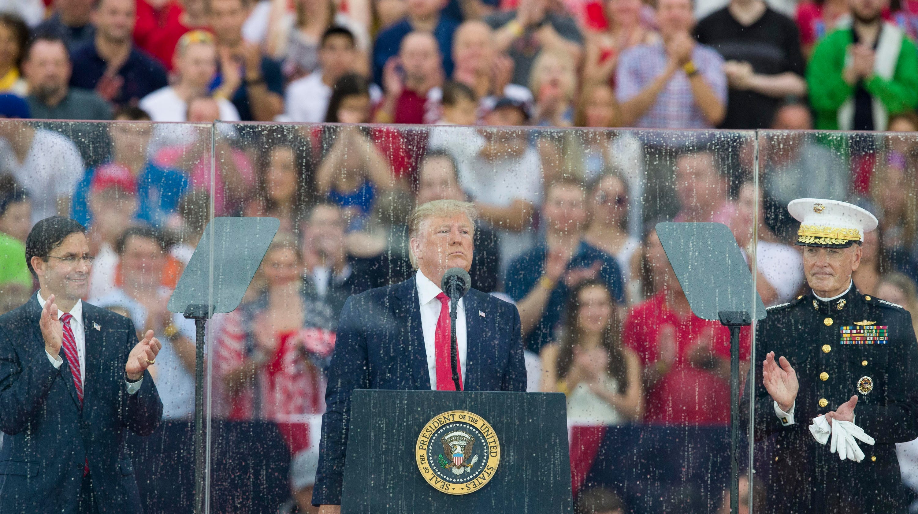 Trump faults rain, teleprompter for flub about 'airports' during American Revolution - USA TODAY
