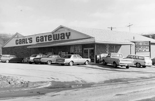 Carl's Gateway was owned by Carl Janes and located at 633 Charleston Pike.