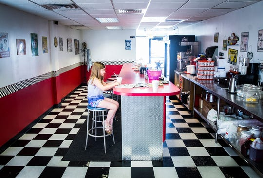 Retro Diner will be the subject of an upcoming episode of the Food Network reality show Restaurant Impossible. The family-operated diner has been open on Madison Street since 2012. Celebrity chef Robert Irvine and crew will be filming on location starting July 23rd. The show's producers are looking for local volunteers to help remodel the restaurant and attend the grand re-opening.