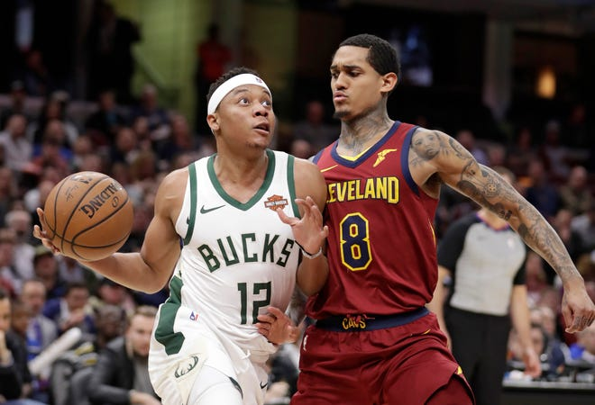 Guard Tim Frazier signed with the Pistons after splitting last season with the Bucks and the Pelicans.