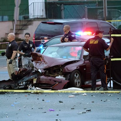 Two killed, two injured in Hackensack car crash