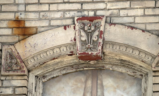 Detail of a window on the former Gabriel Furniture building in Appleton.