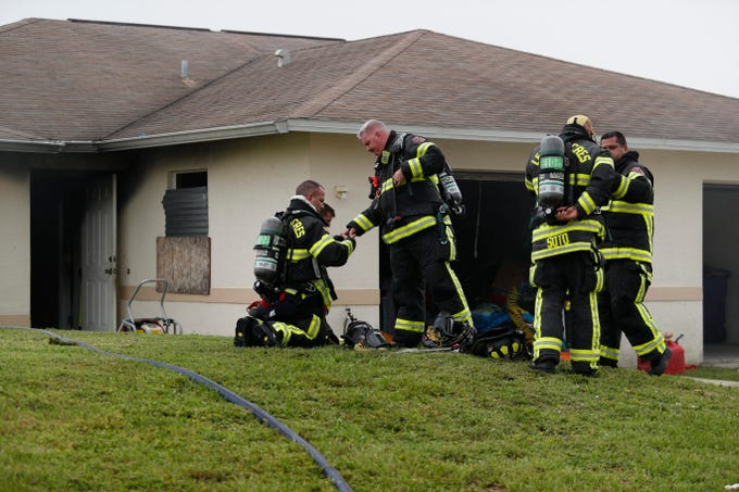 Lehigh Acres Fire units were called to 5252 Bristo Street shortly before 1230 Monday for a fire in a duplex residence.Battalion chief Jeromy Vandermeulen said a neighbor called in the alarm.There was nobody at home,Ó he said. ÒAnd there were flames and smoke showing when we arrived.ÓNobody was hurt and the fire was confined to one side of the duplex.