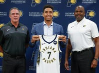 Indiana Pacers call Malcolm Brogdon a 'perfect fit' to fill point guard needs