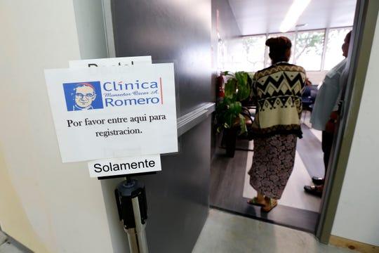 06/03/19/LOS ANGELES/Clinica Msr. Oscar Romero in Los Angeles (Aurelia Ventura/La Opinion)